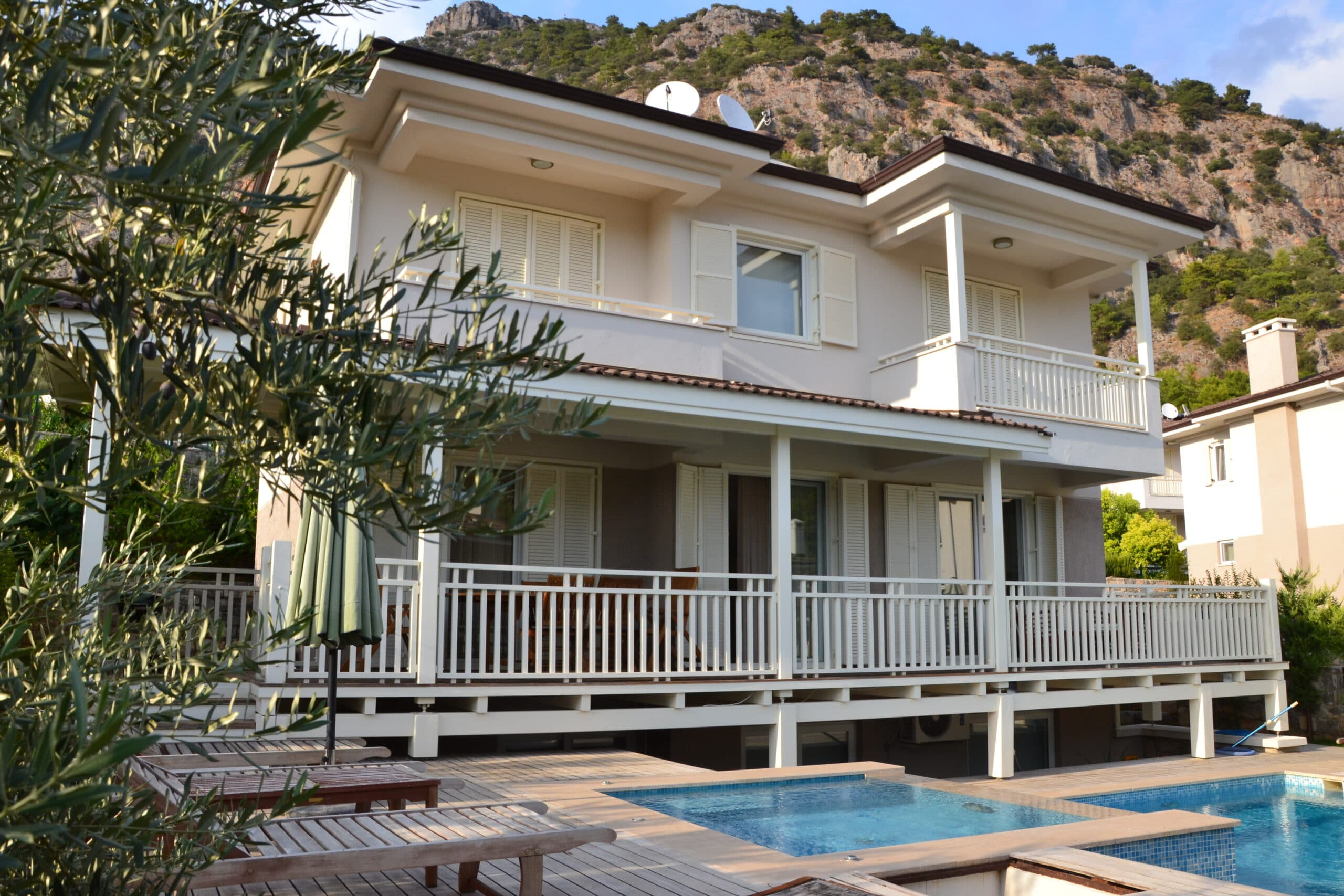 Holiday Villa with Private Pool & Jacuzzi for Rent in Gocek